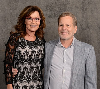 Governor Sarah Palin with Wireless Estimator publisher Craig Lekutis