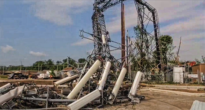 Cell-Tower-Collapse-3