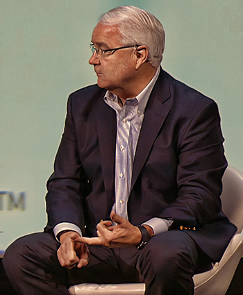 US Cellular President and CEO Kenneth Myers explains the need for more mid band spectrum